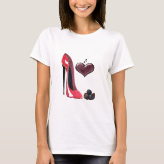Camiseta Eu amo a arte vermelha dos calçados e dos