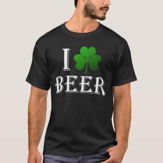 Camiseta Eu amo a cerveja, dia do St. Patricks do trevo do