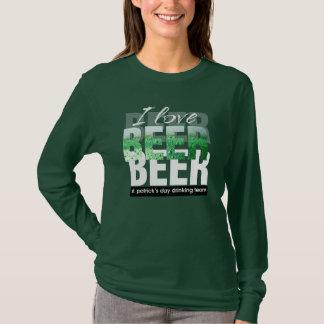Camiseta Eu amo a cerveja. T-shirt do dia de St Patrick