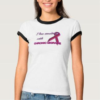 Camiseta Eu amo alguém com enxaqueca crônica