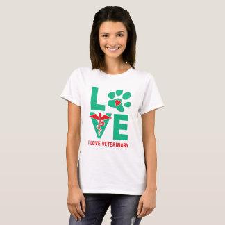 Camiseta Eu amo o t-shirt das mulheres veterinárias