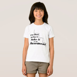 Camiseta Eu apenas estou tentando fazê-lo ao porão