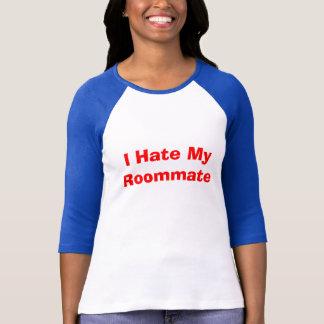 Camiseta Eu deio meu companheiro de quarto