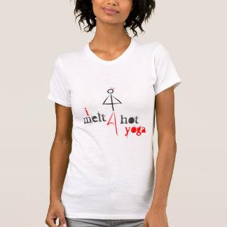 Camiseta Eu derreto para a ioga quente