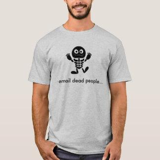 Camiseta Eu envio por correio electrónico a pessoas