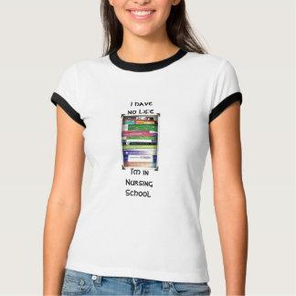 Camiseta Eu estou no estudante engraçado da escola de