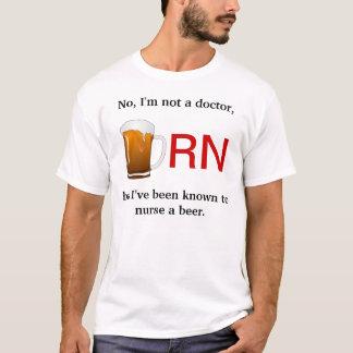 Camiseta Eu fui conhecido para nutrir uma cerveja