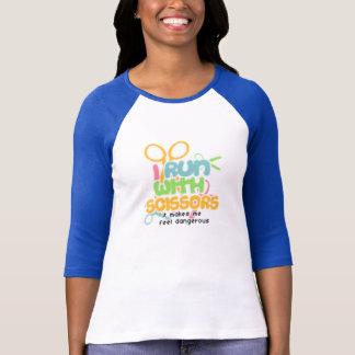 Camiseta Eu funciono com o Sissors - personalizado