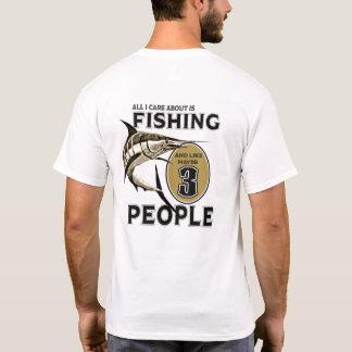 Camiseta Eu gosto de pescar e gosto talvez de 3 pessoas