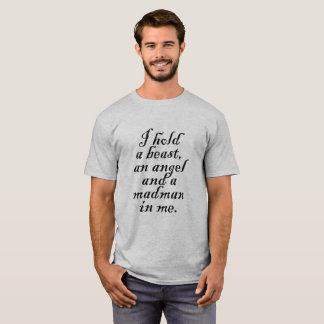 Camiseta Eu guardaro um animal, um anjo e um louco em mim