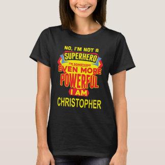 Camiseta Eu não sou um super-herói. Eu sou CHRISTOPHER.