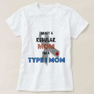 Camiseta Eu não sou uma mamã regular, mim sou um tipo - 1