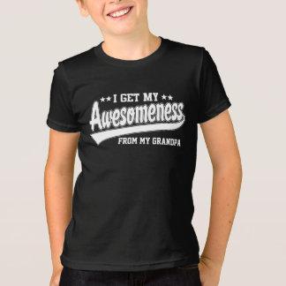 Camiseta Eu obtenho meu Awesomeness de meu vovô