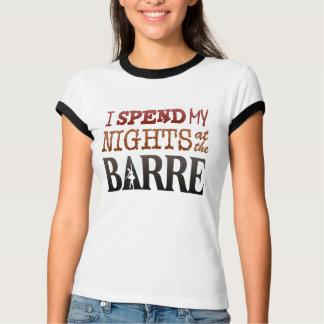 Camiseta Eu passo minhas noites na BARRA (a luz)