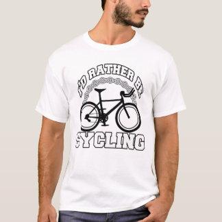 Camiseta Eu preferencialmente estaria dando um ciclo