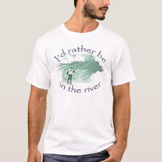"""Camiseta """"Eu preferencialmente estaria pesca com mosca no"""