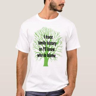 Camiseta Eu sigo antecedentes familiares