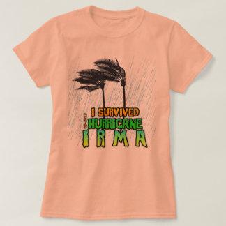 Camiseta Eu sobrevivi à chuva de Irma do furacão