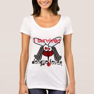 """Camiseta """"Eu sobrevivi à febre de dengue"""" com mosquito"""