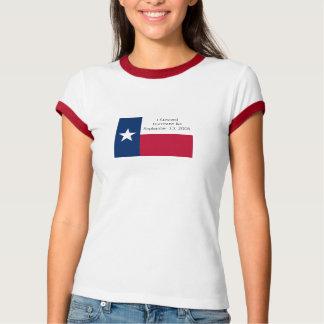 Camiseta Eu sobrevivi ao t-shirt de Ike do furacão