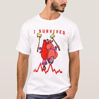 Camiseta Eu sobrevivi ao traumatismo do coração