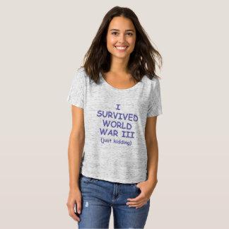 Camiseta Eu sobrevivi, apenas caçoando