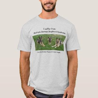 Camiseta Eu sofro de Germa múltiplo… -… - Personalizado