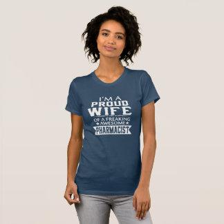 Camiseta Eu sou a ESPOSA do FARMACÊUTICO ORGULHOSO