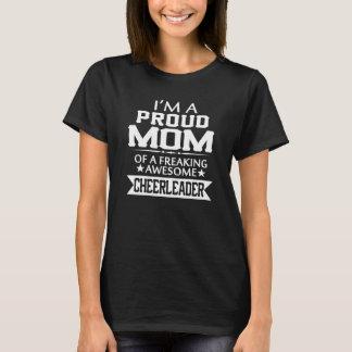 Camiseta Eu sou a MAMÃ de um cheerleader ORGULHOSO