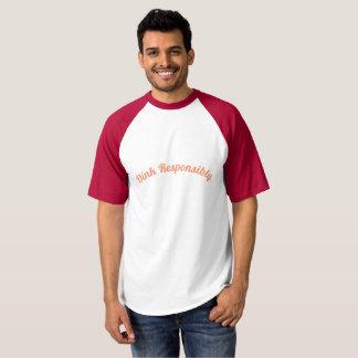 Camiseta Eu sou aposentado assim mim jogo o t-shirt de