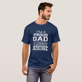 Camiseta Eu sou o PAI DE UM ENGENHEIRO ORGULHOSO