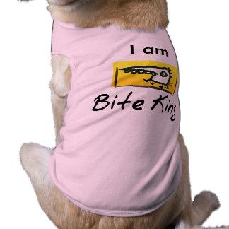 """Camiseta Eu sou """"o Tshirt engraçado do rei"""" cão da mordida"""