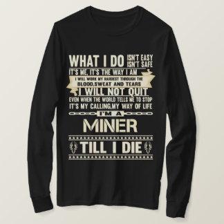 Camiseta Eu sou um MINEIRO. T-shirt do presente