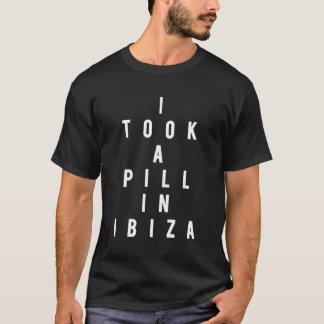 Camiseta Eu tomei um comprimido em Ibiza