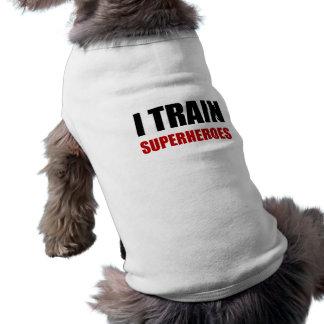 Camiseta Eu treino super-herói