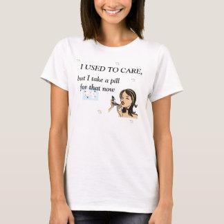 Camiseta Eu usei-me para importar-se retro