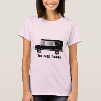 """Camiseta """"Eu ver pessoas inoperantes"""" de diretor fúnebre"""
