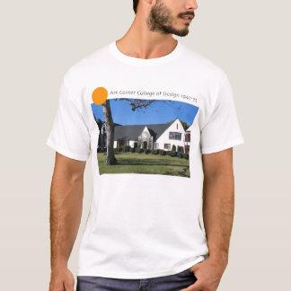 Camiseta Faculdade Center da arte do design no ó St.