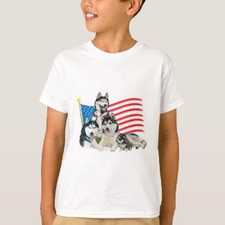 Camiseta Família patriótica do rouco Siberian