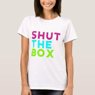 Camiseta Feche o logotipo da caixa