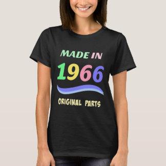 Camiseta Feito em 1966, design de texto colorido