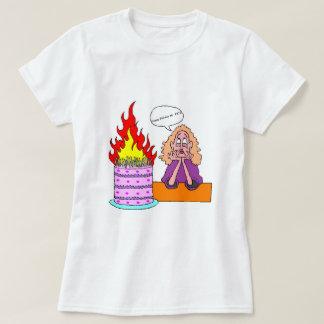 Camiseta Feliz aniversario meu #&*@ - o t-shirt básico das