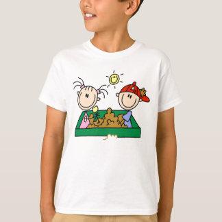 Camiseta Figura divertimento da vara da caixa de areia