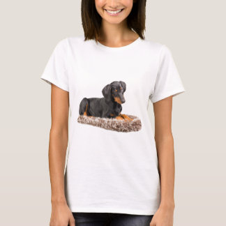 Camiseta filhote de cachorro bonito do pinscher do doberman