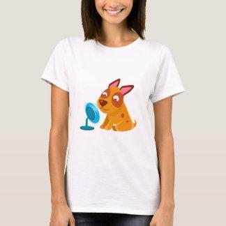 Camiseta Filhote de cachorro que joga com o fã que funde em