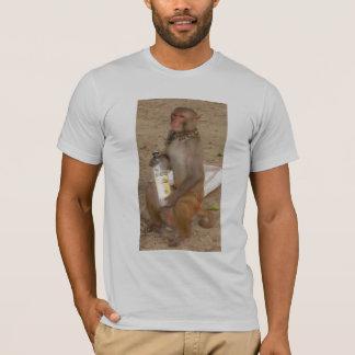 Camiseta Fim da garrafa da mostra do macaco acima