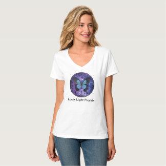 Camiseta Flor da borboleta azul da vida na luz de Lucia do