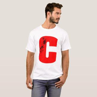 Camiseta Flor da letra C