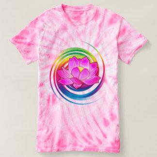 Camiseta Flor de Lotus no arco-íris
