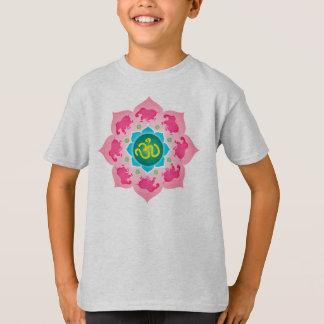 Camiseta Flor de Namaste Lotus dos elefantes cor-de-rosa da